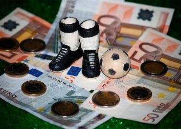 De dónde viene el dinero del fútbol