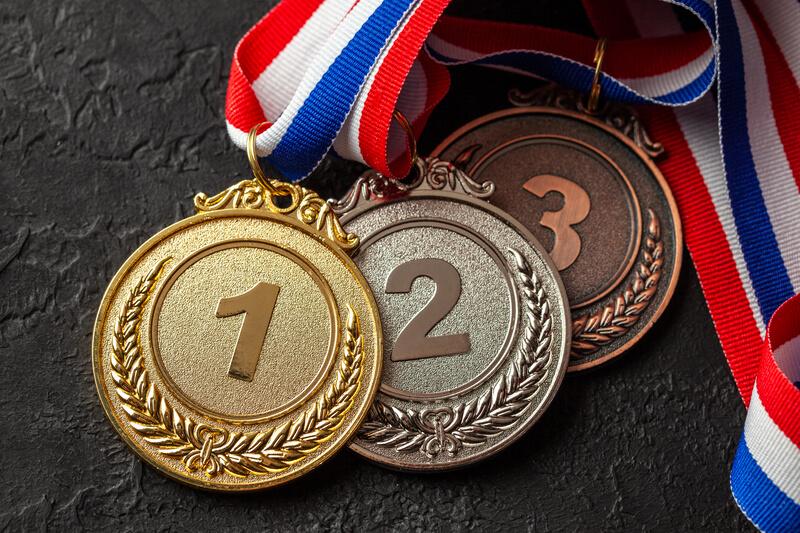 Población, economía y medallas olímpicas